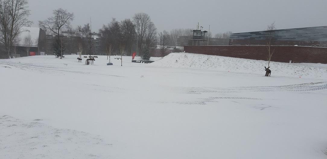 Sneeuw op de baan: lessen, clinics en trainingen gaan weer door